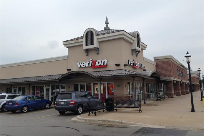 NSA obtains Verizon cell phone records, infuriating local customers_5849489028872946533