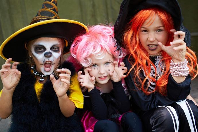 Halloween Safety_-6282862899354648549