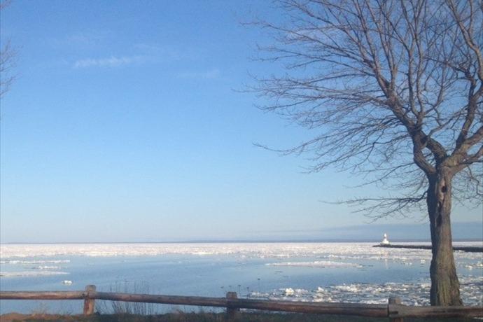 Lake Superior, March 2014_8460924038986026204