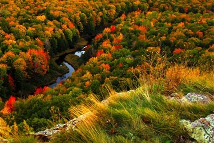 Porcupine Mountains Wilderness State Park_115289598559864049