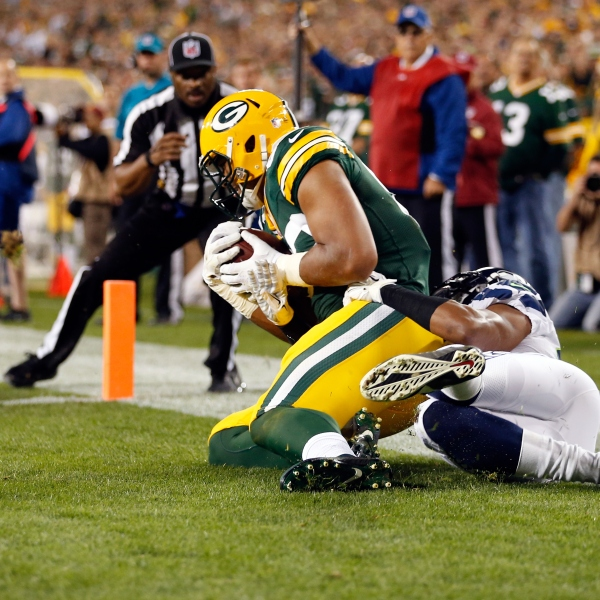Packers Defeat Seahawks, 27-17