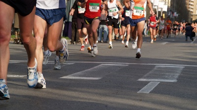 Running-shoes-at-marathon-jpg_20160426143401-159532