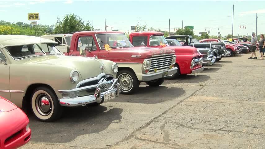 5th Annual Classic Iron Car Show - Cruise_20160804222304