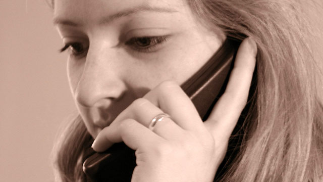 Woman-using-phone_1479313045944_150943_ver1_20170213132957-159532