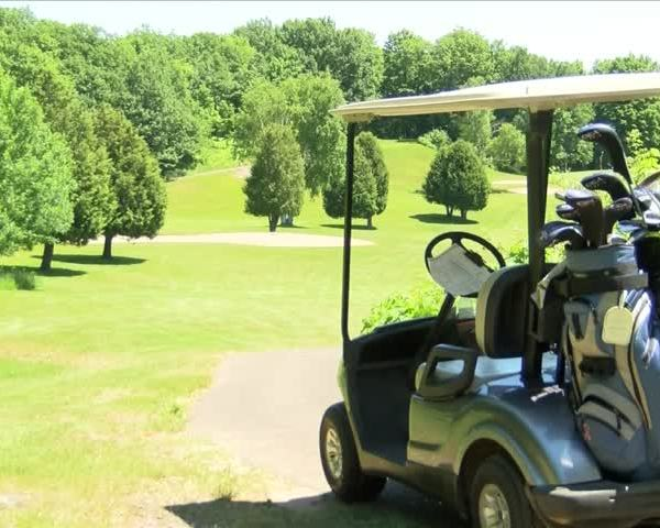 Beacon House updates mobile app for golf outing_29115927