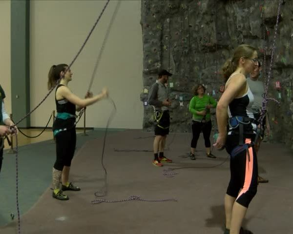 Cancer survivors going beyond typical exercises_90215049