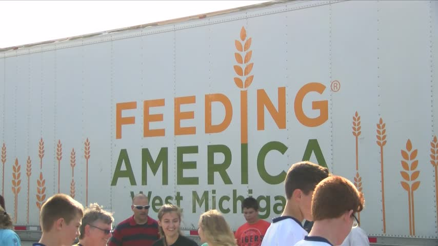 Feeding America in U-P-_28172415