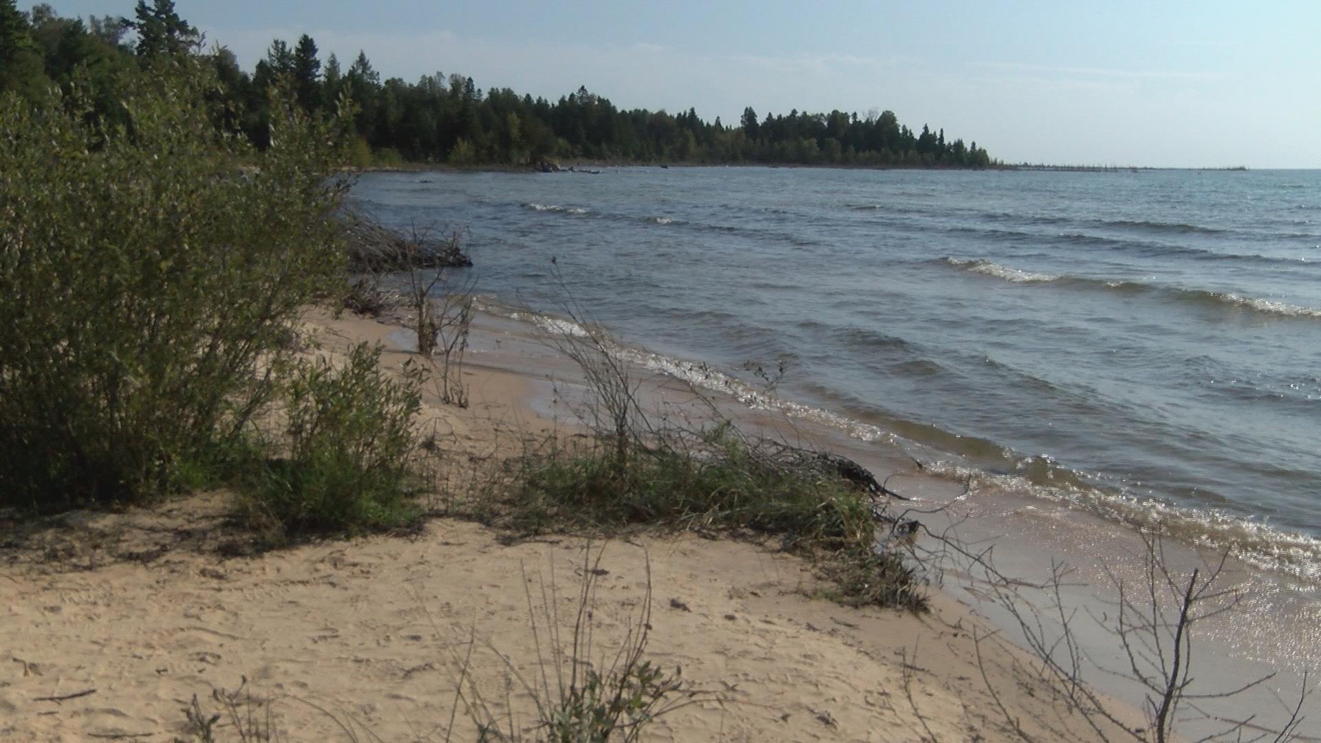 Lake Michigan near Naubinway_1510174556068.jpg