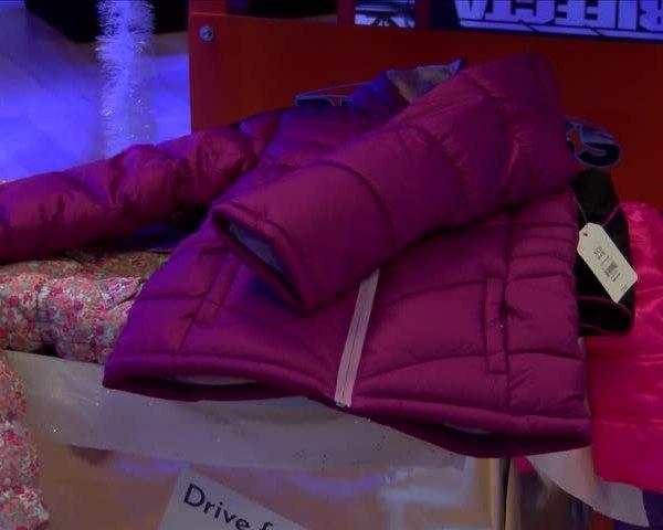 Coats for kids_44239023
