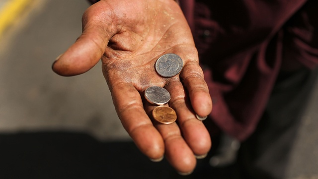 Homeless man panhandles for change poor_3254130057389894-159532