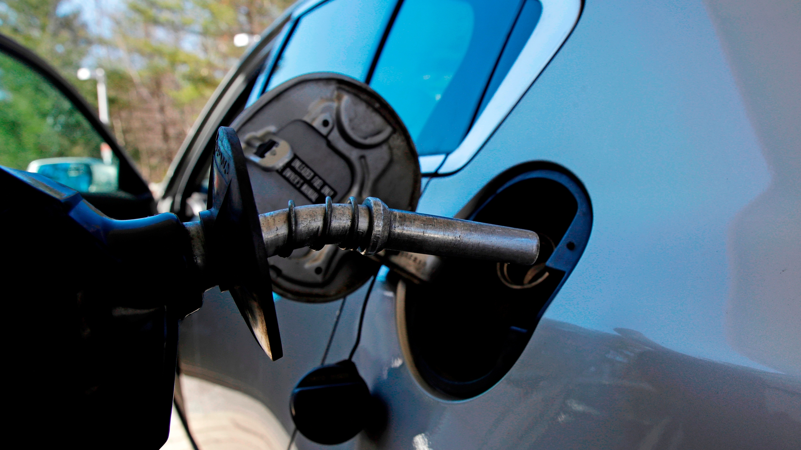 Rising_Gasoline_Prices_83542-159532.jpg28547178