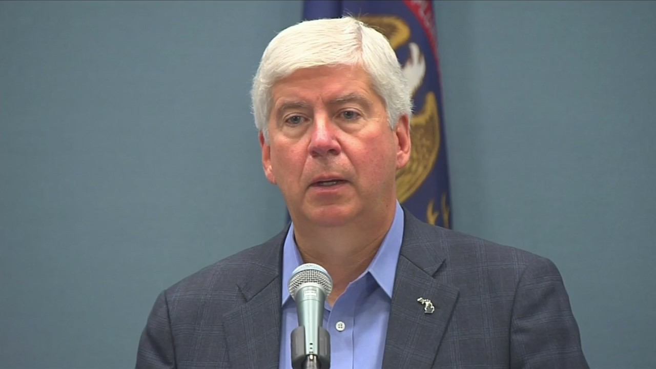 Governor_Snyder_wants_to_increase_fees_0_20180831030615
