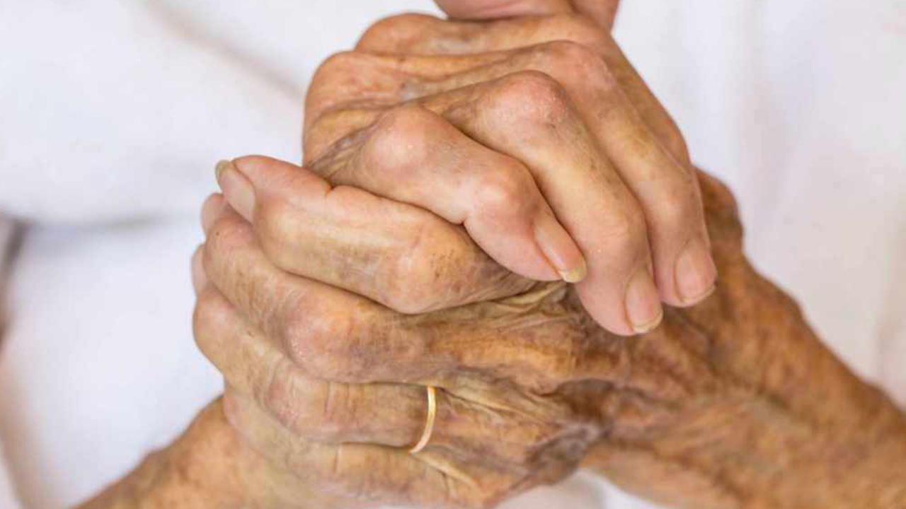 old-woman-hands-grandma-elderly_1524760144892_364885_ver1_20180427053803-159532