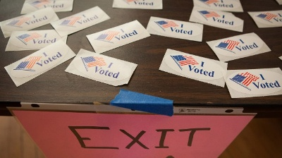 I-Voted-stickers-on-Super-Tuesday-jpg_20160314152027-159532