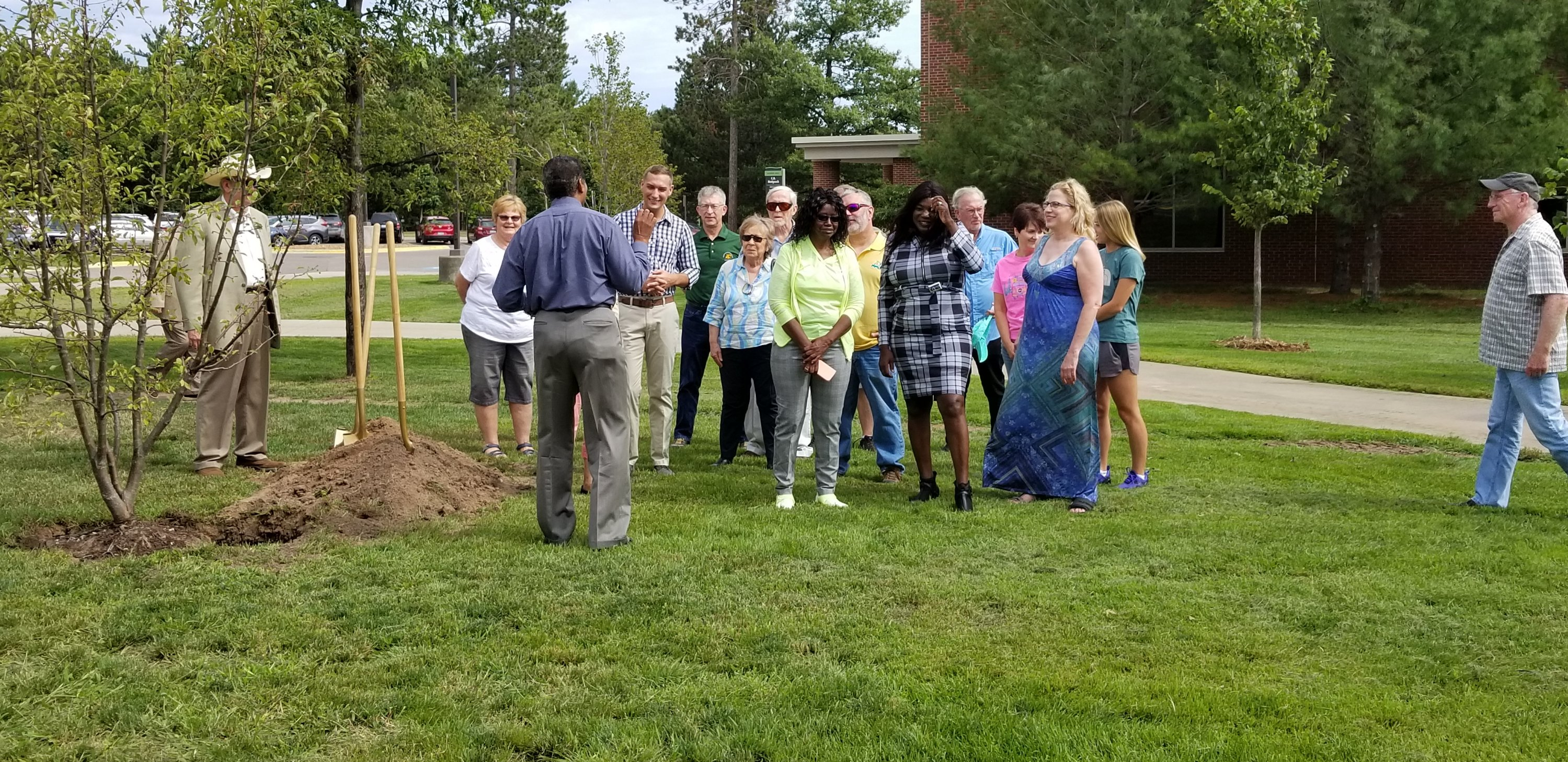 Northern Michigan professor remembered with tree dedication