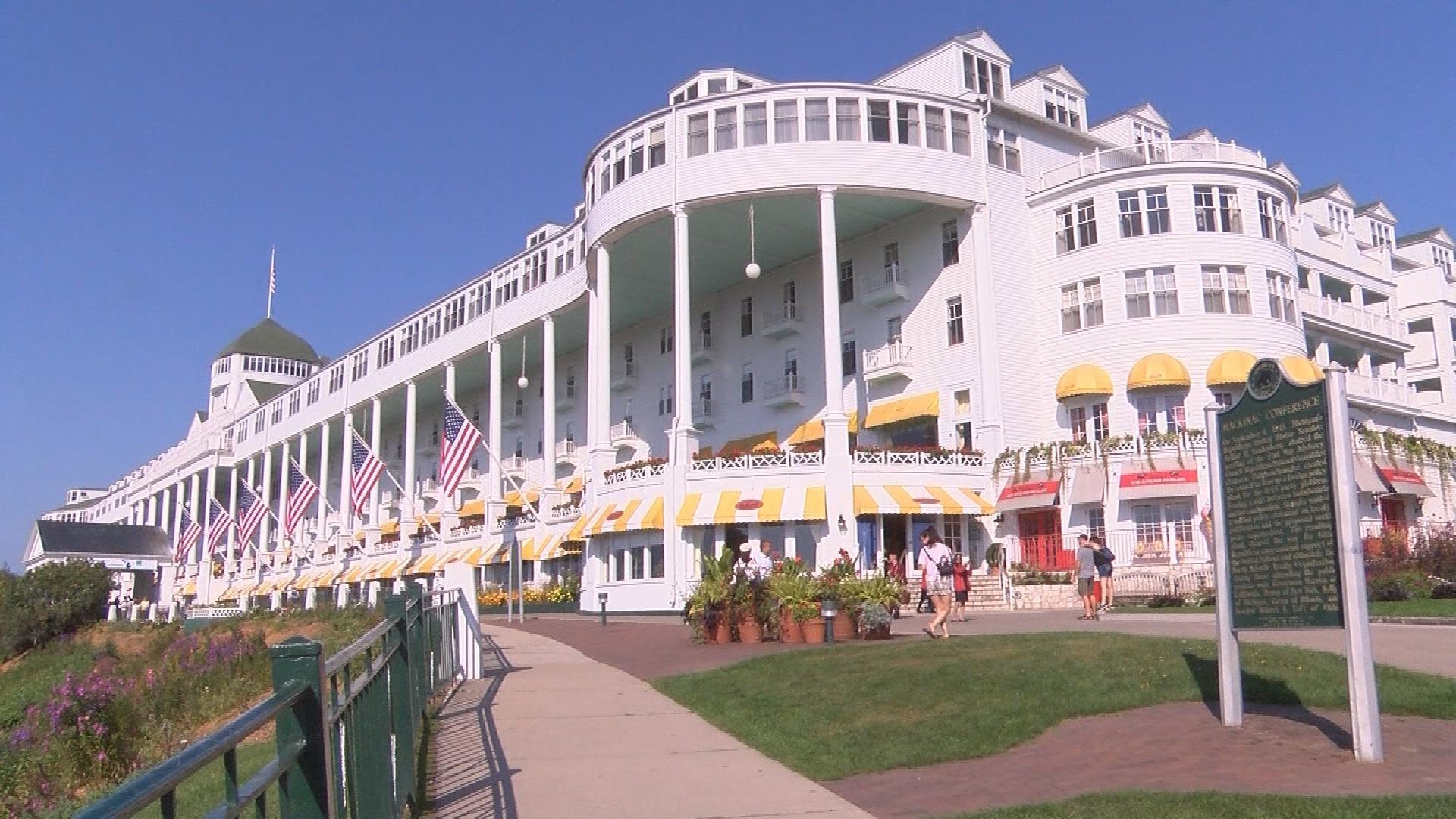 Historic Mackinaw Grand Hotel Has New Owners Wjmn Upmatters Com
