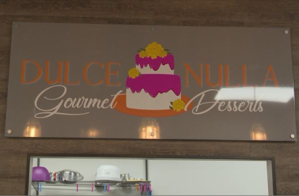 photo of sign at Dulce Nulle Gourmet Desserts